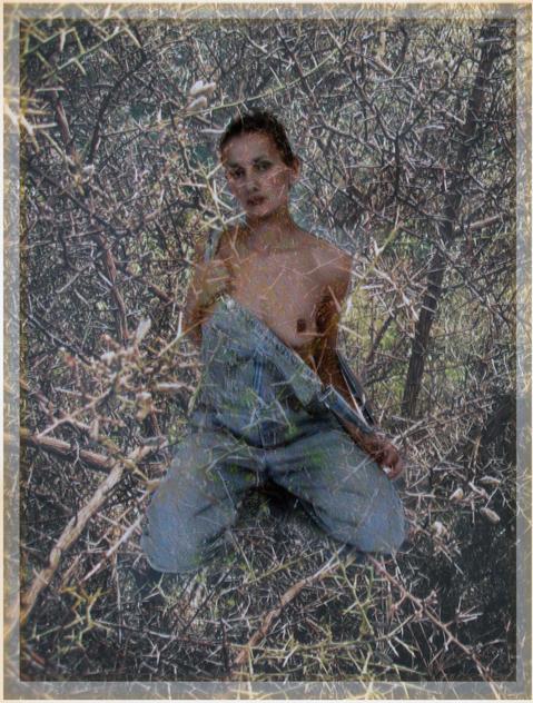 girl in spiky thorns Ikaria