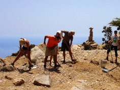 Volunteers trails Ikaria 30