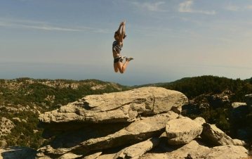 Calisthenics on rocks, Rahes, Ikaria 2